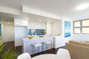 dining_kitchen-investir-sur-la-gold-coast-avec-lionel-roby